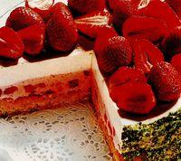rp_Tort_cu_iaurt_si_fructe.jpg