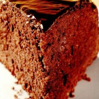 rp_Tort_glazurat_cu_ciocolata.jpg