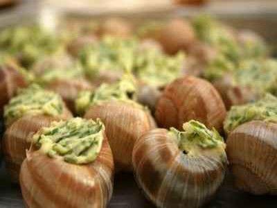 Escargots au beurre d'ail