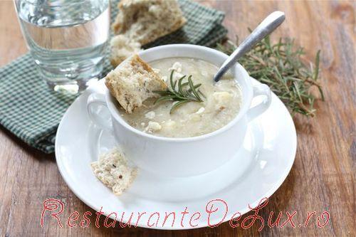 Supa de cartofi cu rozmarin