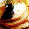 Blini_cu_smantana_si_caviar