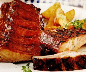 Costiţe de porc marinate in sos dulce-acrisor