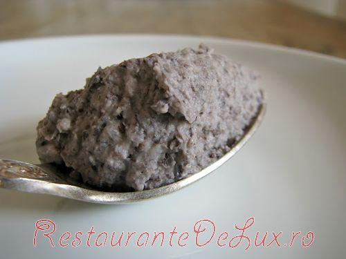 Prajitura_cu_ciocolata_si_fasole neagra_02