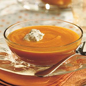 Supă de morcovi cu coriandru