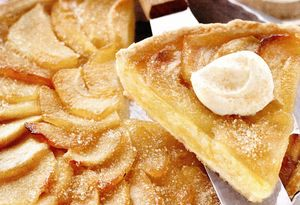 Tarta cu mere, scortisoara si frisca