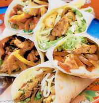 Tortillas cu pui si guacamole