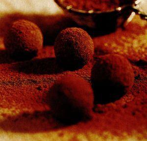 Trufe cu aroma de ciocolata si curmale