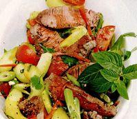 Salată picantă cu vită