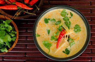 Supa de cocos cu tagliatelle