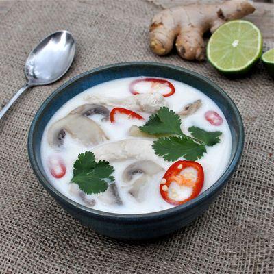 Supa de cocos cu coriandru