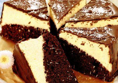 Tort Crema Cocos Blat Pandispan Reteta Prajitura Bezea Nuci