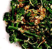 Broccoli cu crusta de lamaie si usturoi