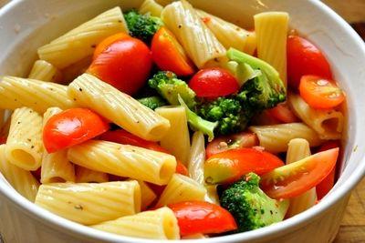 Paste_cu_broccoli_si_rosii