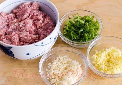 Paste_chinezesti_cu_carne_de_porc_07