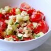 Salată_cu_roşii_cherry_şi_brânză_feta