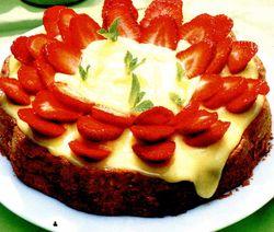 Prăjitură cu mac şi fructe