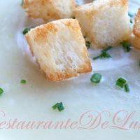 Supa_de_cartofi_si_praz_cu_crutoane_12
