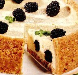 Prăjitură cu branză şi mure