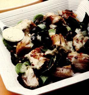 Salată cu peşte afumat si capere