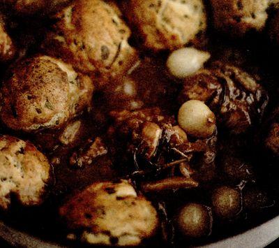 Tocaniţă de iepure cu găluşte delicioase