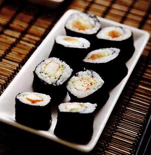 Sushi de somon cu chives