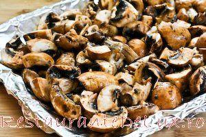 Ciuperci Champignon la cuptor