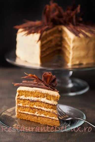 Tort_cu_dovleac_glazura_de_caramel_si_ganache_de_ciocolata_16