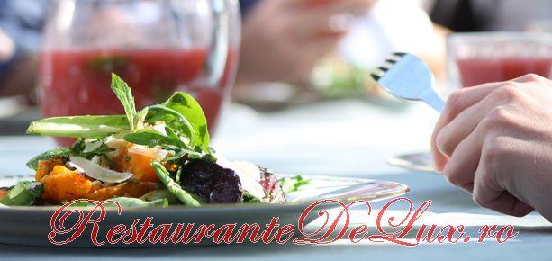 Cum se prepara Legume trase în tigaie şi salată de ridiche neagră