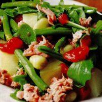 Salata_de_ton_cu_sos_de_rosii