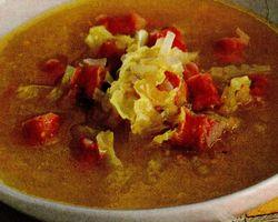 Supa de varza cu carnati