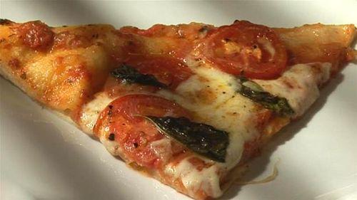 Cum se prepara Pizza Margarita