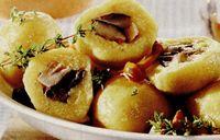 Galuste_din_cartofi_umplute_cu_ciuperci