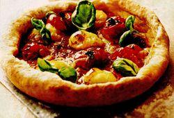 Pizza_cu_rosii_si_busuioc