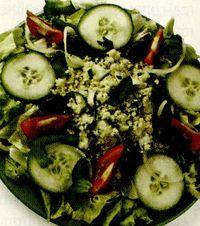 Salata_aperitiv_cu_branza_de_burduf_si_masline