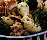 Salata_cu_ton_si_broccoli