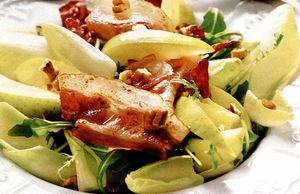 Salata_de_andive_cu_bacon_si_pere