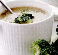 Supa de broccoli cu fulgi de ovaz