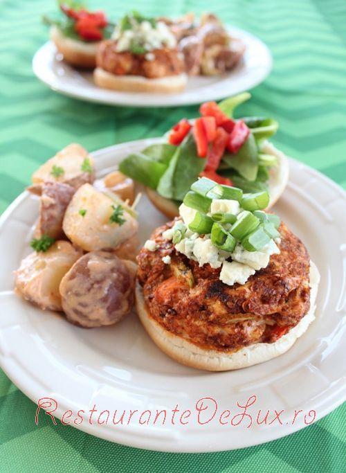 Burgeri_cu_carne_de_pui_si_legume_7