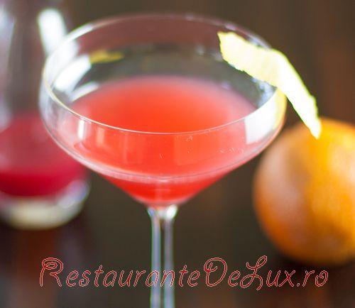 Cocktail cu suc de portocale