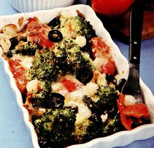 Peste_cu_broccoli_si_rosii