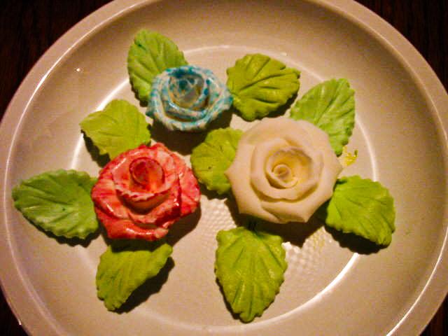 trandafiri_pictati