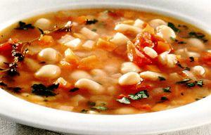 Bors_de_fasole_uscata_cu_legume
