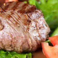 Carne_de_vita_la_gratar