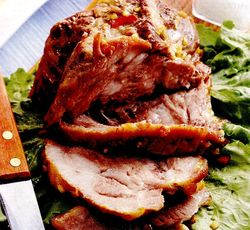 Ceafa de porc in sos de ghimbir