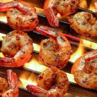 Creveti_la_gratar_cu_salsa