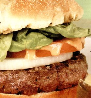 Hamburger_cu_carne_de_vita