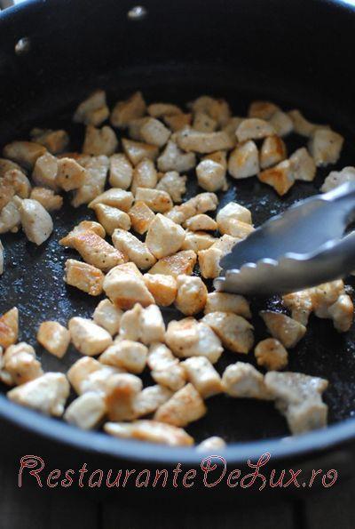 Orez cu legume si piept de pui
