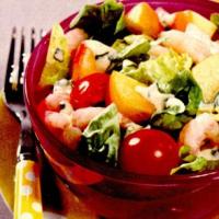 Salata_-mixta_-cu_creveti_si_sos_-de_-iaurt.png