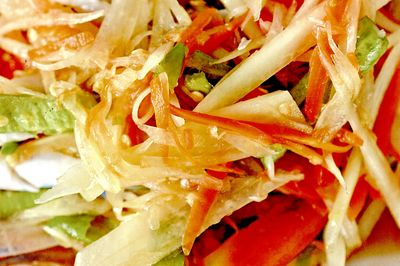 Salata de radacinoase cu ghimbir