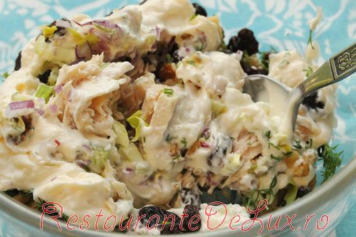 Salata de ton cu stafide
